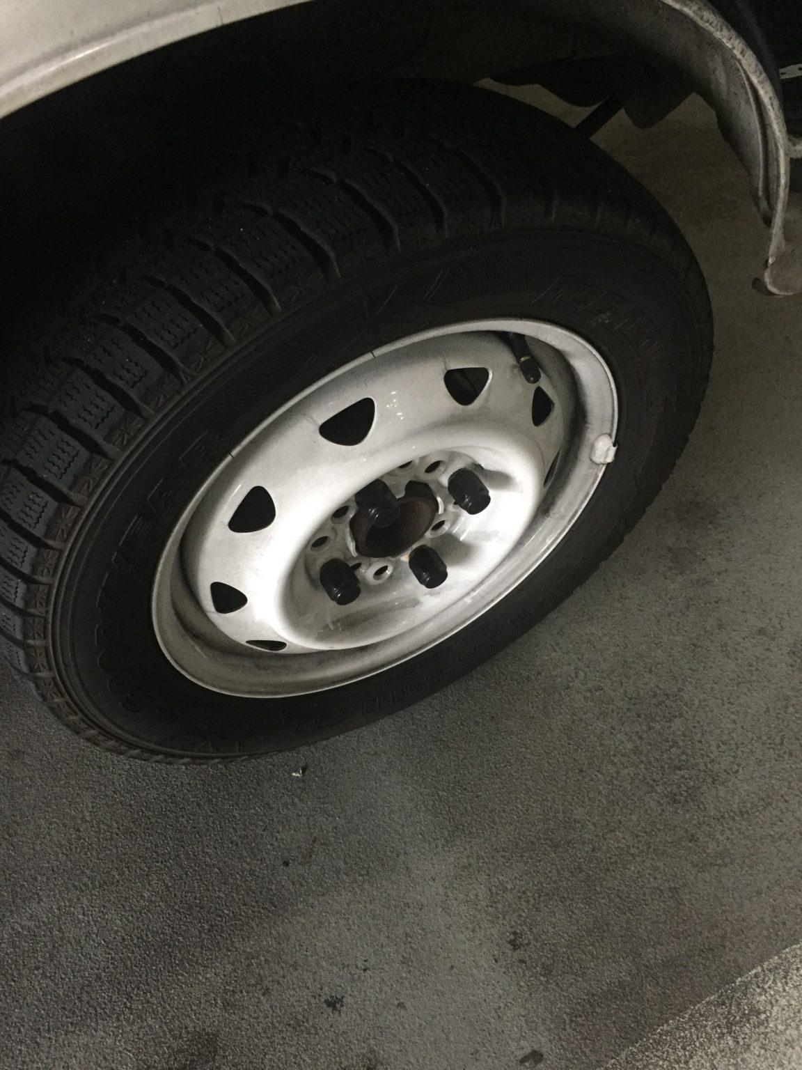 冬用タイヤを軽貨物の配送専門ブログで語る。